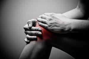 knee pain patellar 300x199 - Shockwave Therapy for Knee Pain and Patellar Tendinopathy